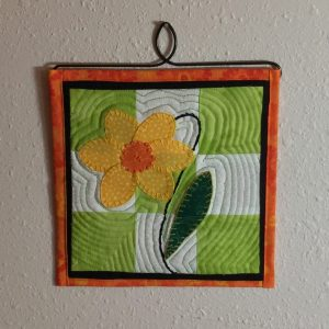 What's the best book for easy miniature quilt block patterns?  Itty Bitty Quilts- A great book for beginners!  A fun but small project to practice beginner sewing skills and decorate for the seasons!