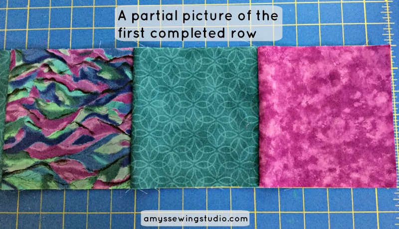 Super Simple Squares Quilt Tutorial for Beginners. Practice sewing seams along with other beginner sewing skills.  Click this PIN to READ MORE...
